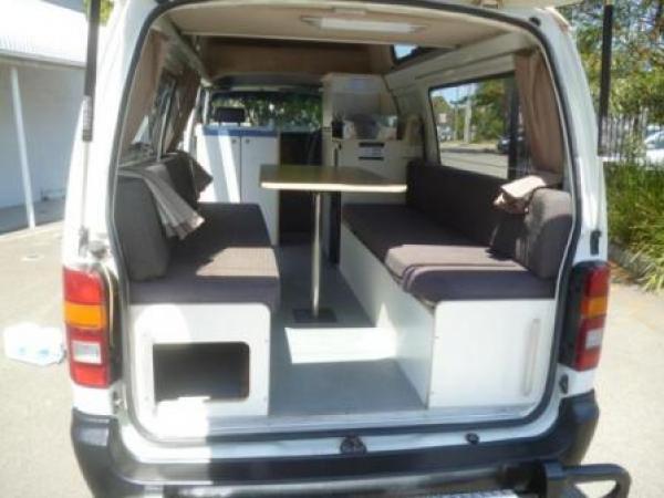camping car vendre en australie toyota hiace 3 personnes d 39 occasion vendre campervans. Black Bedroom Furniture Sets. Home Design Ideas