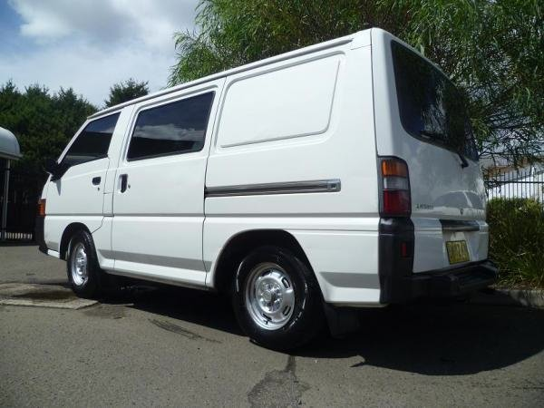7bc051e83e Mitsubishi Express campervan for sale Sydney for a great and cheap roadtrip  through Australia. 187 135 P1010882 187 135 P1010885